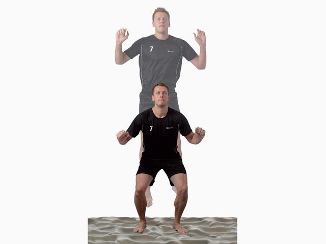 Mann in Ausgangsstellung der Übung Sprungkraft und Reaktionsfähigkeit für den Balance- und Stabilitätstrainer