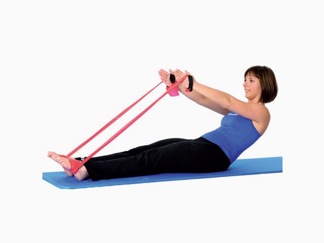 Frau in Ausgangsstellung der Übung Auf- und Abrollen / Roll up and down für das TheraBand